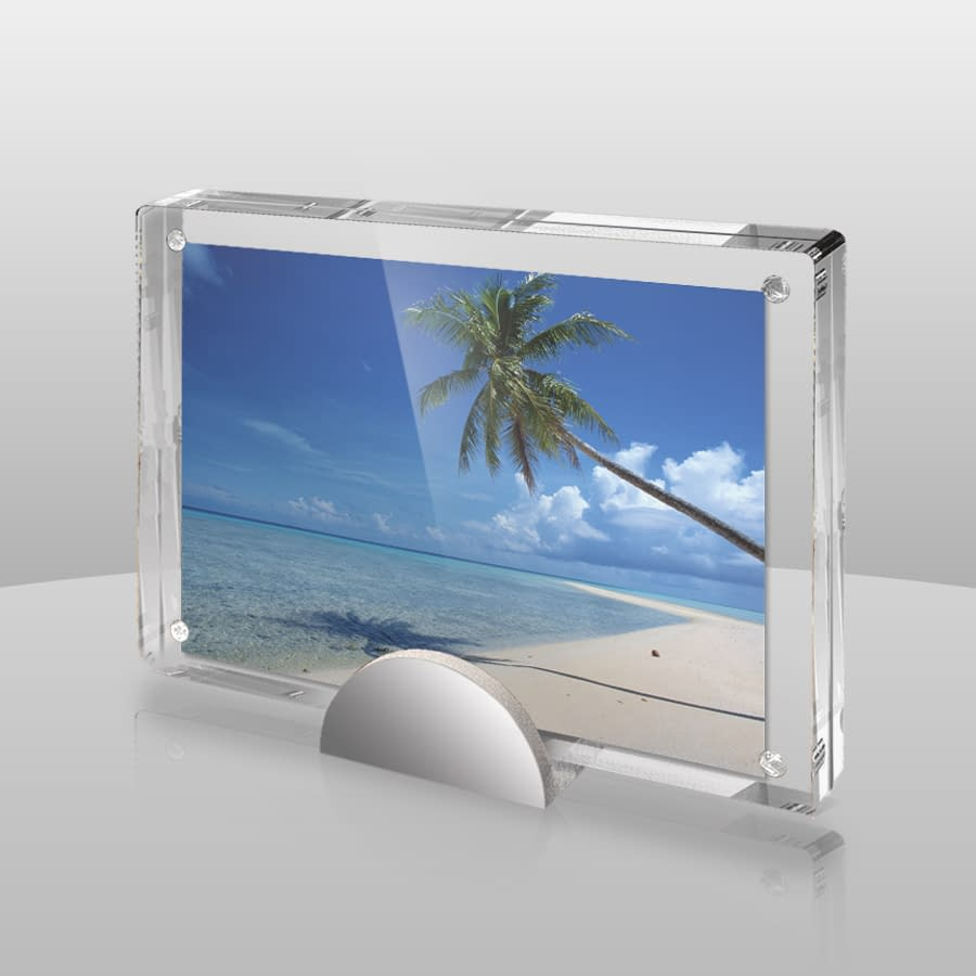 Magnetic Picture Frame | P46
